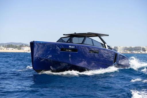 Un barco para los amantes de la velocidad y elegancia